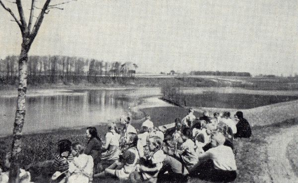 DAMERKOWER SCHULER AM DAMERKOWER SEE 1940